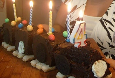 le train, gateau d anniversaire de Rayan