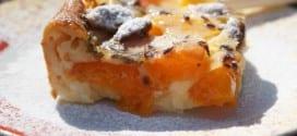 Clafoutis de Provence aux abricots, pêches, amandes et lavande