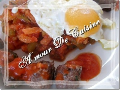 Kefteji – hmiss tunisien – salade poivre/sauce tomate