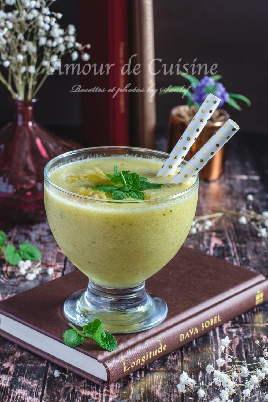 Gaspacho d'ananas parfumé à la menthe