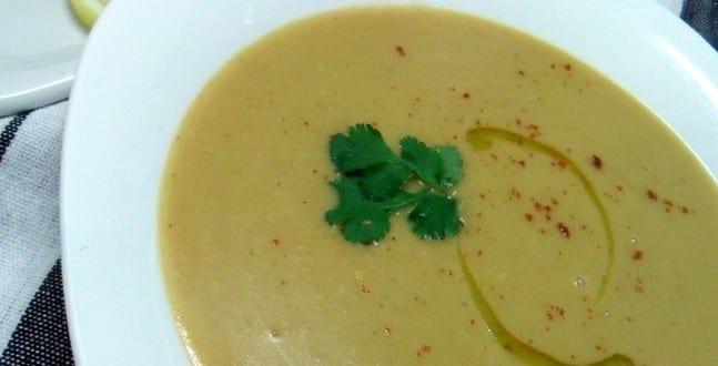 bissara / soupe aux pois cassés