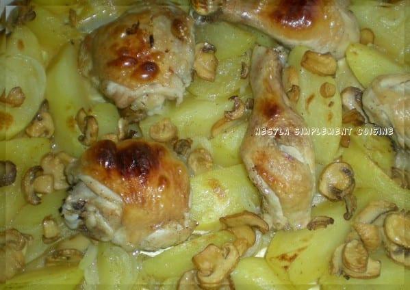 poulet-rapide-au-four-avec-pommes-de-terre-et-champigons2.jpg