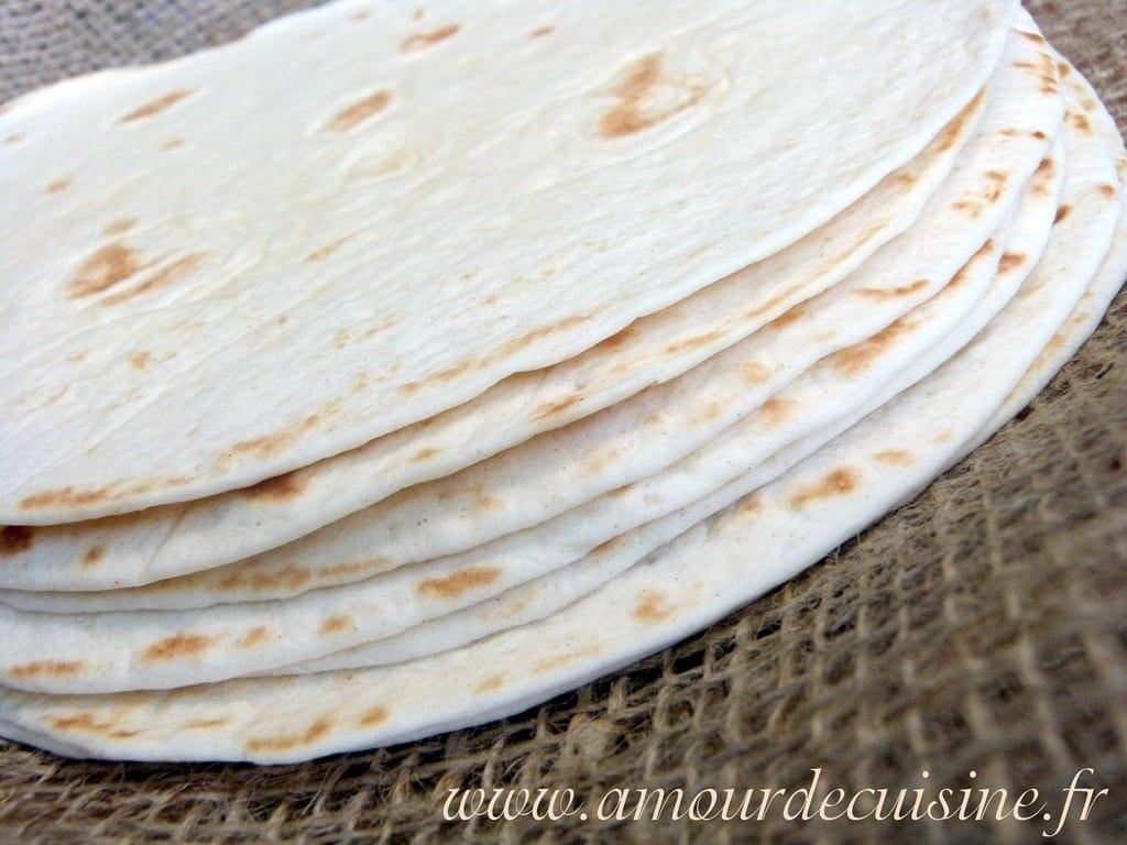 Tortillas A La Farine Recette En Video Amour De Cuisine
