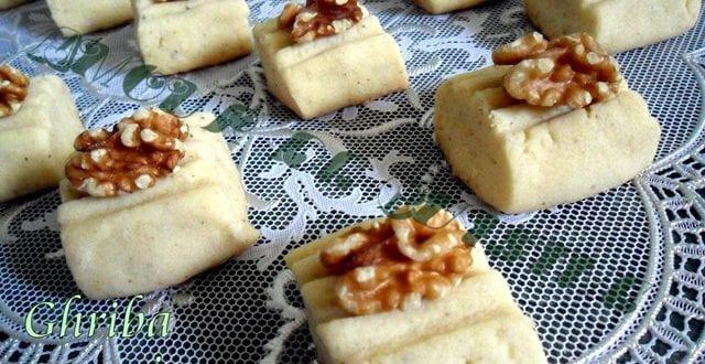 ghribiya ghribia aux noix, gateau algerien