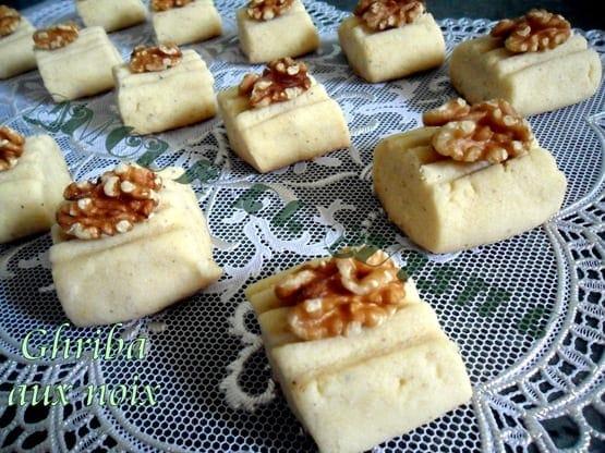 gateaux algeriens ghriba aux noix