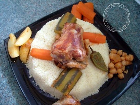 http://www.amourdecuisine.fr/wp-content/uploads/2012/11/couscous-611_thumb.jpg