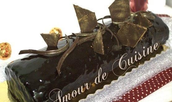 recette génoise bûche chocolat de noël ou réveillon au glaçage miroir au chocolat