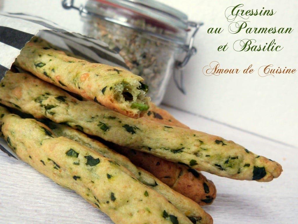 Recette de gressins tr s facile amour de cuisine for Amoure de cuisine