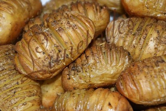 hasselback-potatoes-hasselbackpotatis_thumb