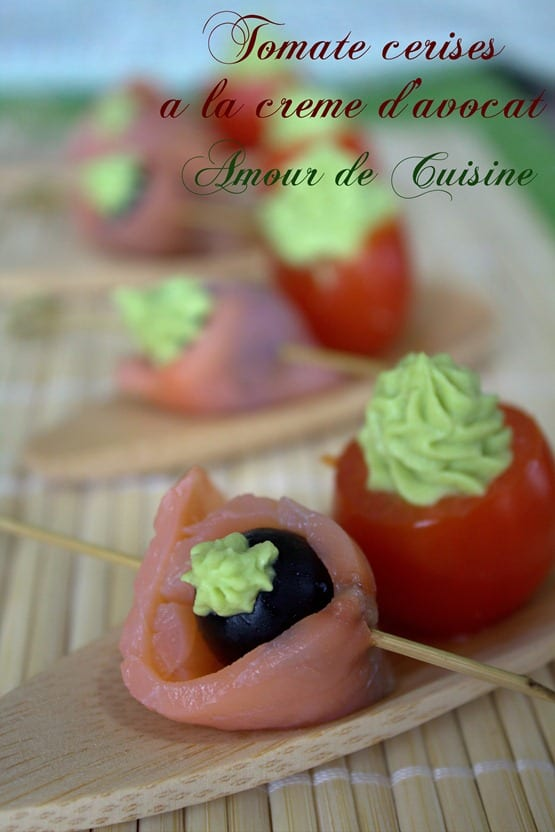 olives a la crème d'avocat et saumon fumé