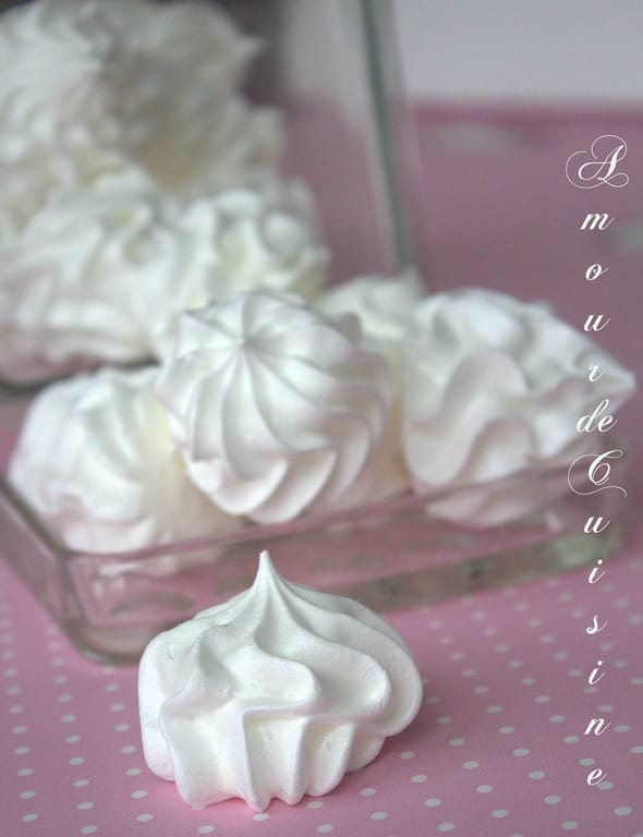 meringue a l 39 ancienne recette tr s facile amour de cuisine. Black Bedroom Furniture Sets. Home Design Ideas