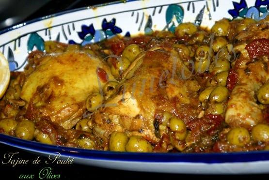 Tajine de Poulet aux olives, zeste de citron et tomates séchées