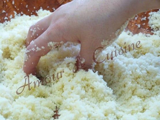 cuisson des grains de couscous a la vapeur