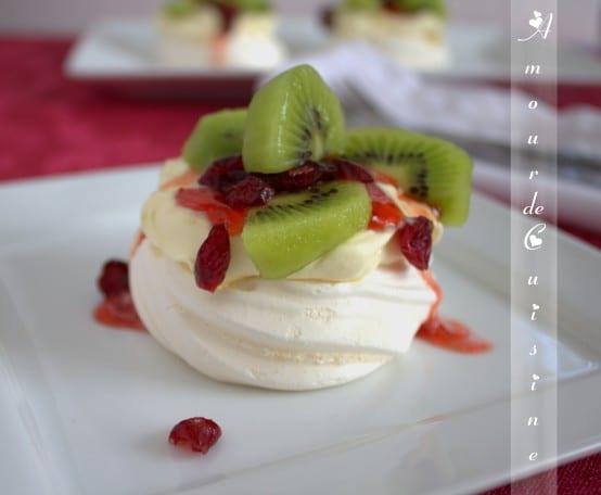 recette de pavlova, au kiwi et cranberry