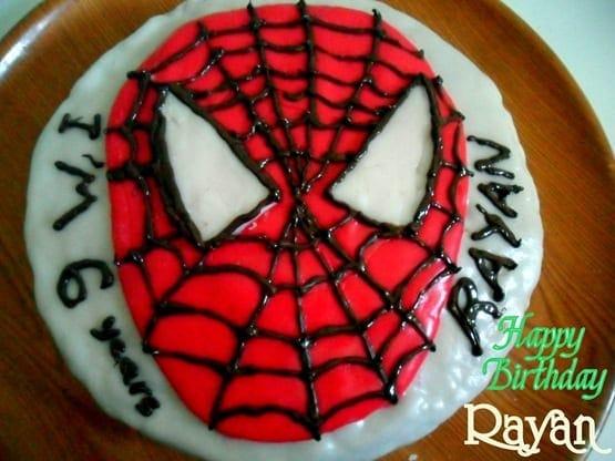 gateau d'anniversaire spider
