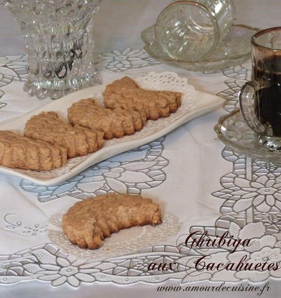 ghribiya aux cacahuetes gateaux algeriens Aid el fitr 2012 061
