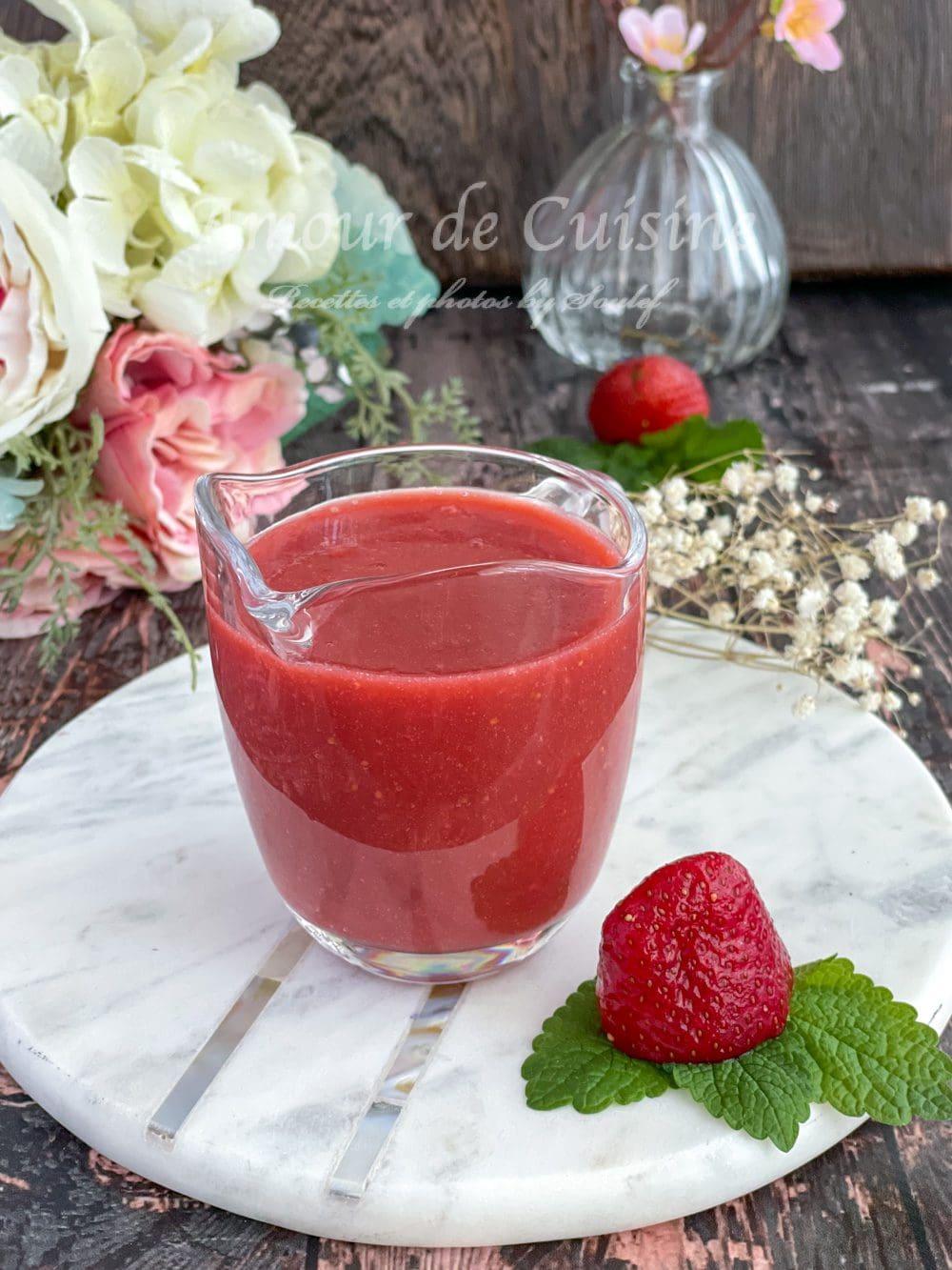 sauce-de-fraises-coulis-de-fraises-facile-et-rapide