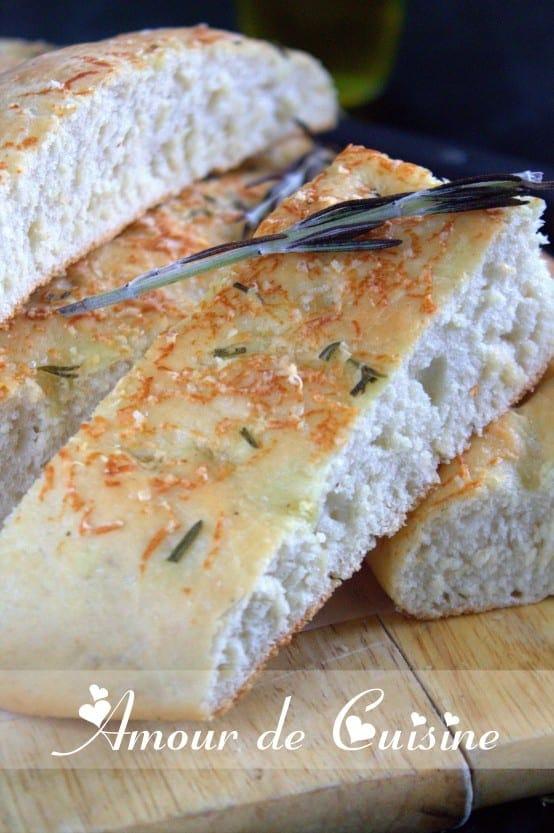 focaccia-parmesan-et-rosemary-030.CR2.jpg