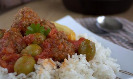 tajine boulettes de viande hachée et olives / kefta be zitoune