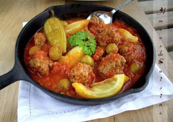 tajine-de-boulettes-de-viande-hachee-et-olives.CR2.jpg