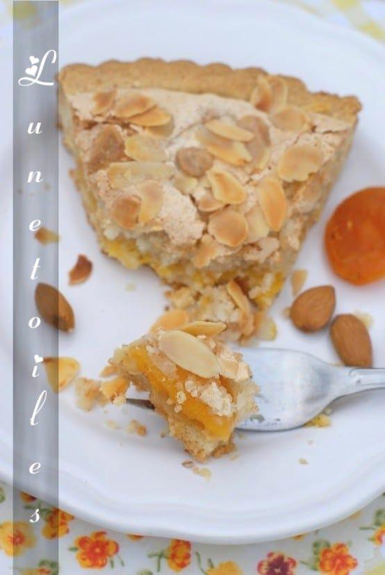 Tarte-abricot-macaron-1-copie-1.JPG