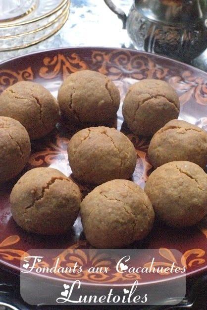 gateau algerien, fondant aux cacahuetes