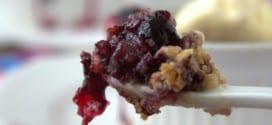 Crumble aux myrtilles كرامبل التوت
