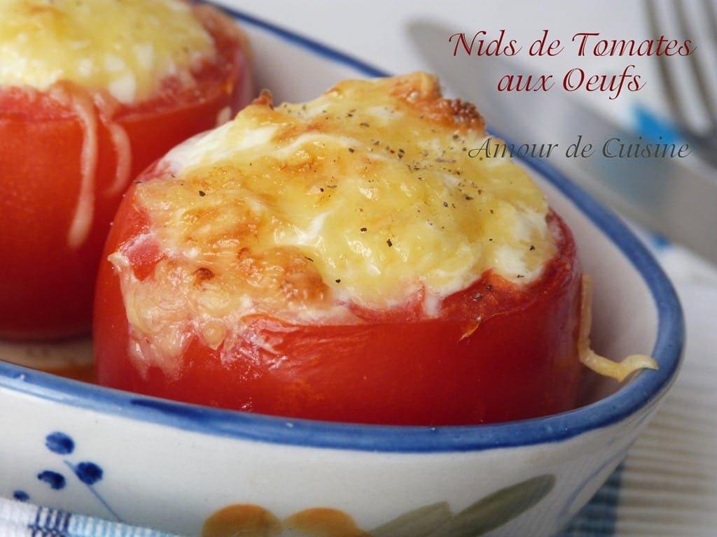 oeuf cocotte en nid de tomates, à la sortie du four