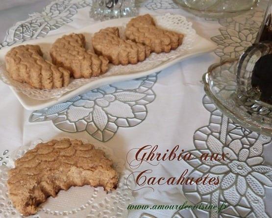 les gateaux algeriens Aid el fitr 2012 ghribia aux cacahuetes