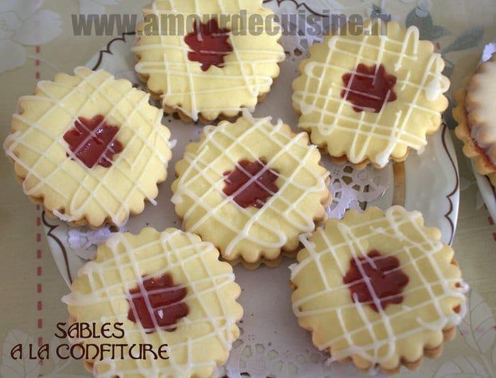 Sables a la confiture de fraises amour de cuisine - Recette sable confiture maizena ...