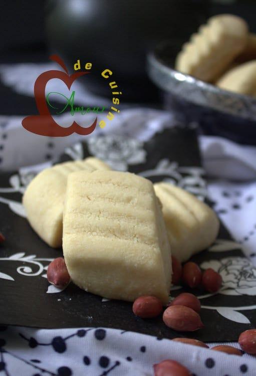 ghribia aux cacahuetes gateau algerien aid 2014.CR2