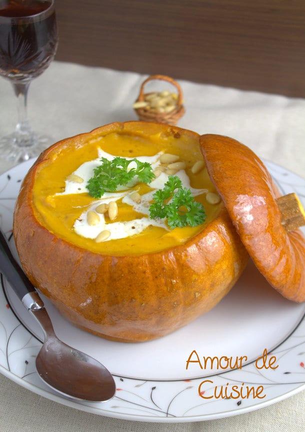Creme veloutée de citrouille rotie soupe de potiron