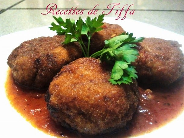 tajine de croquettes d aubergine en sauce blanche. Black Bedroom Furniture Sets. Home Design Ideas