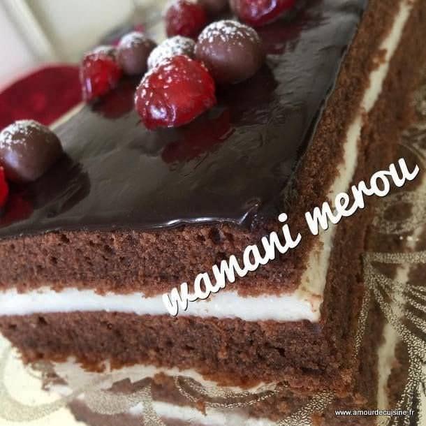 Gateau avec une creme dessert