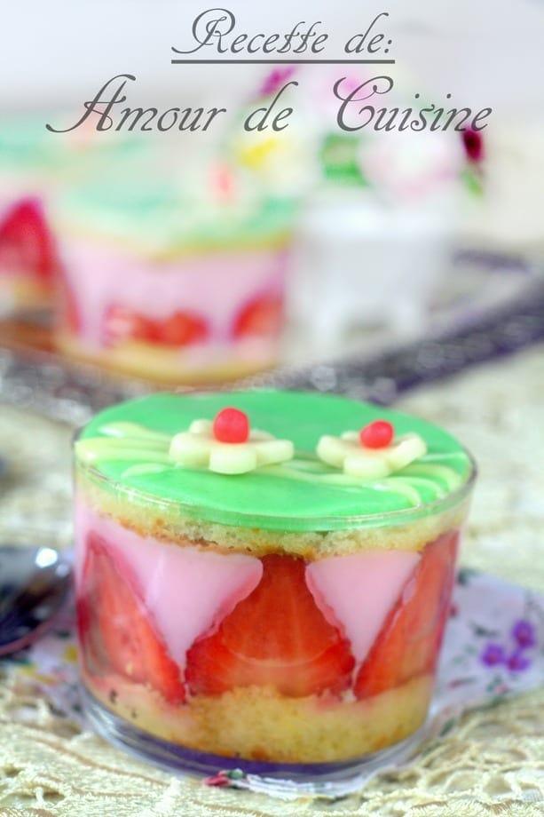 pudding de fraises comme un fraisier-a