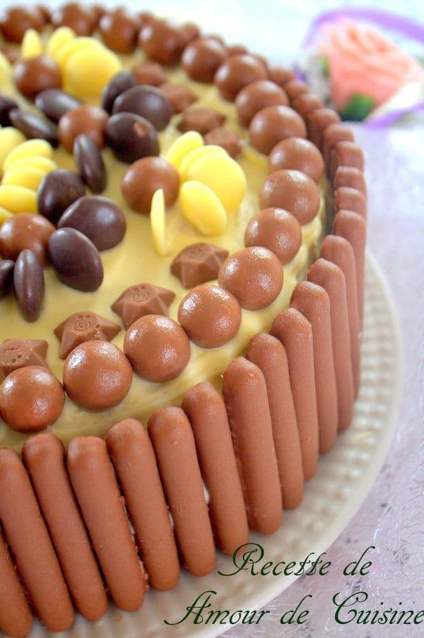 Gateau anniversaire chocolat bonbon