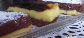 flan a la vanille sur une génoise au chocolat