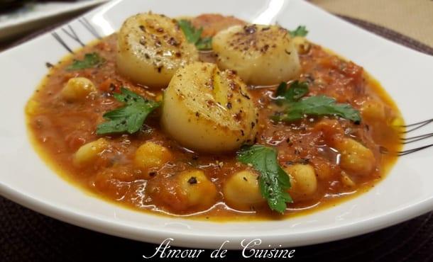 Noix de saint jacques et sauce tomate aux pois chiches for 1 amour de cuisine