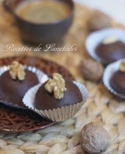 gateau au chocolat fouré aux noix