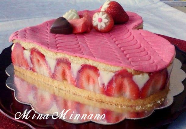 recette de fraisier classique en forme de coeur 1