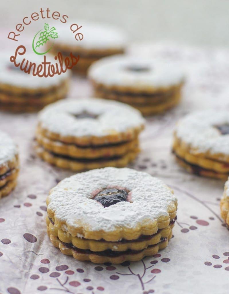 biscuits sablés friable double a la confiture 2