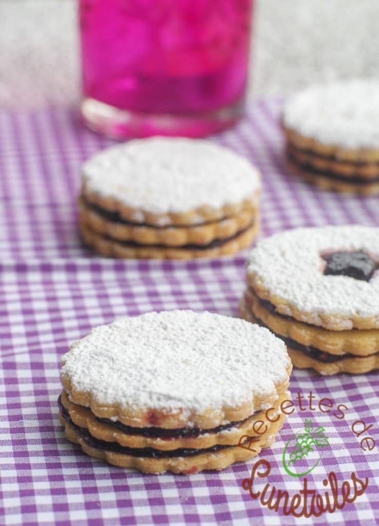 biscuits sablés friable double a la confiture 3