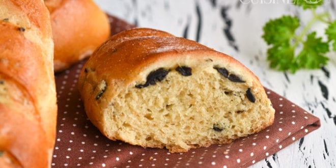 pains aux olives