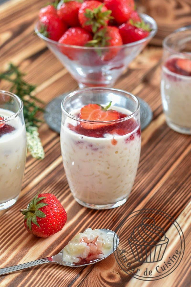 Riz au lait aux fraises amour de cuisine - Comment cueillir des fraises ...
