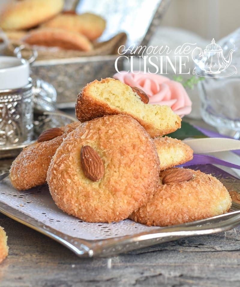 Ghriba la semoule amour de cuisine for Amour de cuisine basboussa