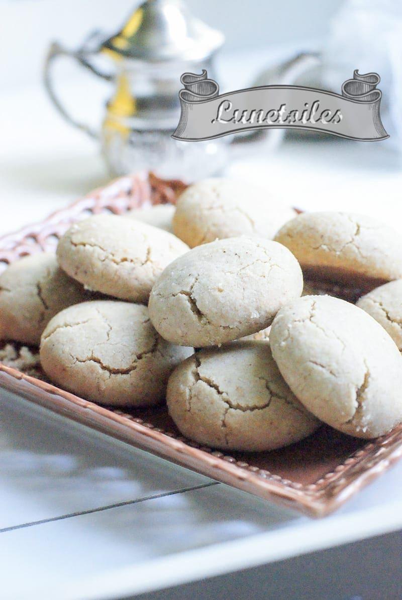 ghribya aux amandes et graines de sésames 2
