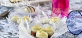 Bniouen aux cacahuètes et chocolat blanc