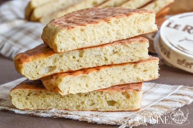 Recette de pain matlouh la farine sans p trissage amour de cuisine - Recette pain sans levure ...