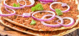 Lahmacun la recette authentique de la pizza turque