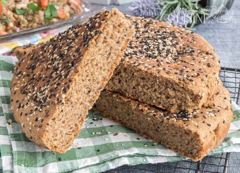pain complet fait maison aux graines